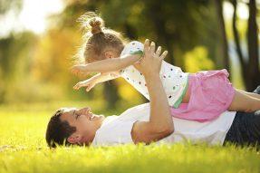 Familienrecht - Sorgerecht auch für Väter nicht ehelicher Kinder